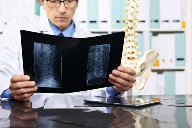 تشخیص دیسک کمر معاینه بالینی، تست و اسکن برای تشخیص دیسک
