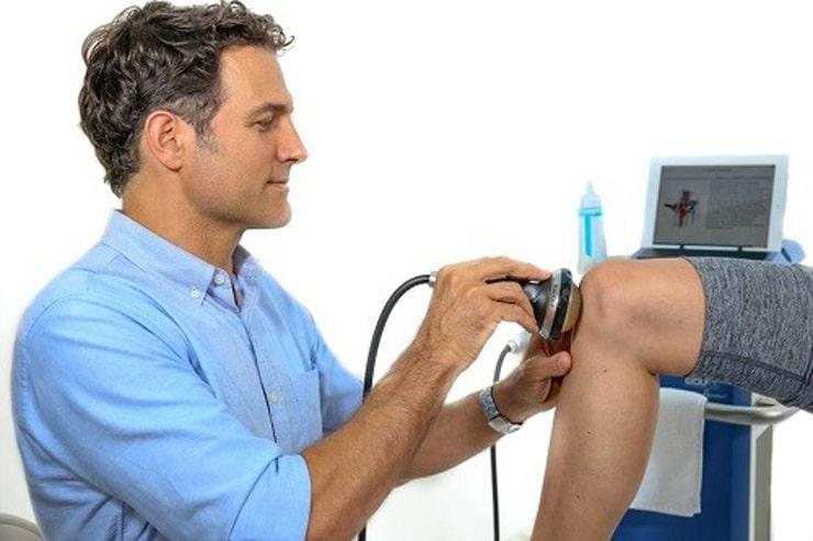 درمان آرتروز زانو با شاک ویو تراپی