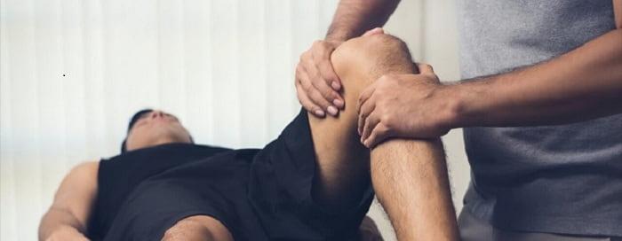 درمان دستی یکی از روش های فیزیوتراپی زانو