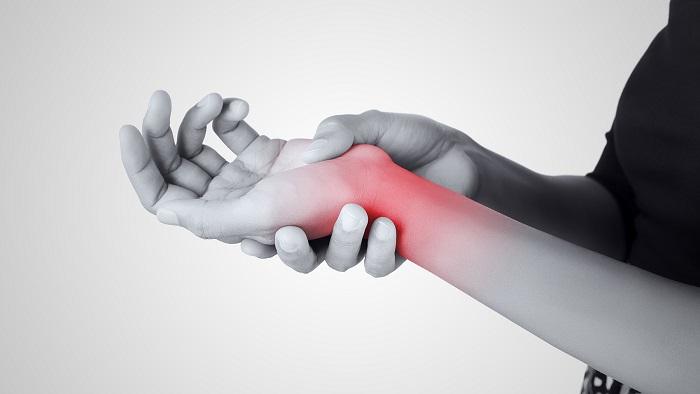 استفاده از شاک ویو تراپی برای درمان سندروم دکرون (التهاب تاندون مچ دست)